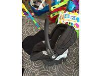 Mamas and Papas car seat and isofix base primo viaggio es