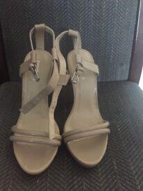 Cream Heels Boohoo Size 5