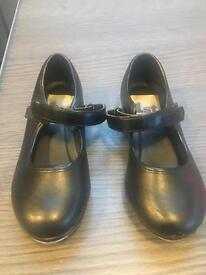 Girls size 8 Tap Shoes