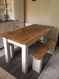 beautiful country style/ shabby chic dining table