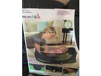 Munchkin fold and go bassinet BRAND NEW