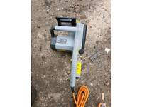 Chain saw brand new, no blade