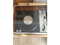 Gold ring record player