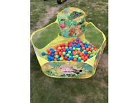 Toddler children's ball pit and balls