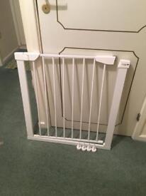 Baby Gate - Brand New
