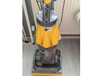A Dyson vacum cleaner like new