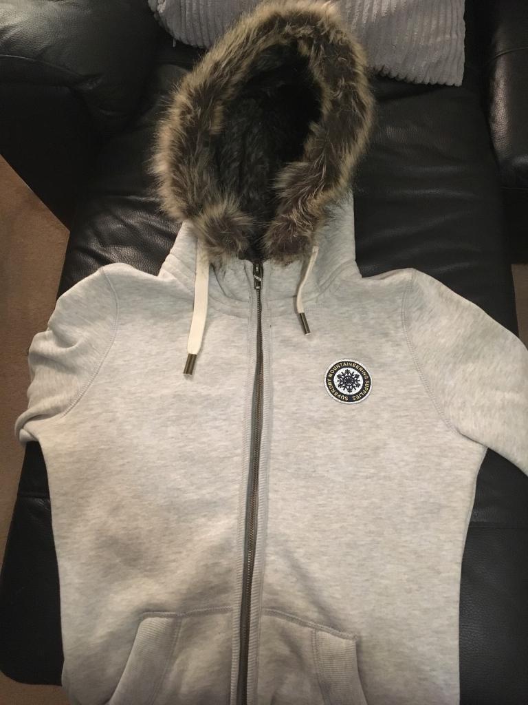 Super-dry Premium fleece hoodie female size medium size 8-12