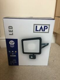 Brand New Large LED Home Security Light with PIR Sensor 50W