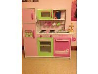 gltc wooden play kitchen with lots of accessories