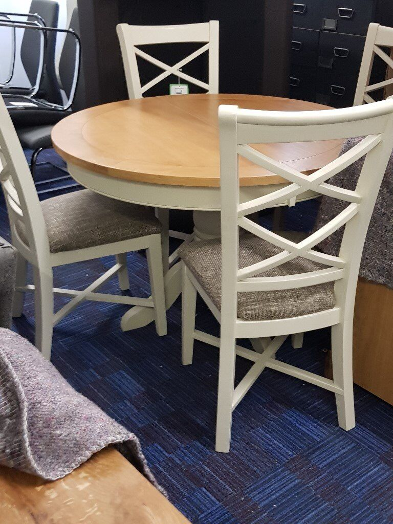 EX Showroom Mark Webster Bordeaux Dining Table Chairs DAMAGED Oldham
