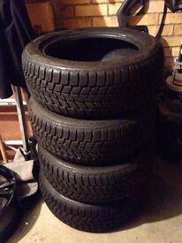 Bridgetone Blizzak Tyres 205/55/R17 91V - Very little wear
