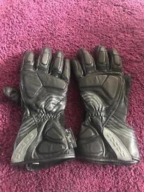 Black Leather iXS Motorcycle / Motorbike Gloves size 8