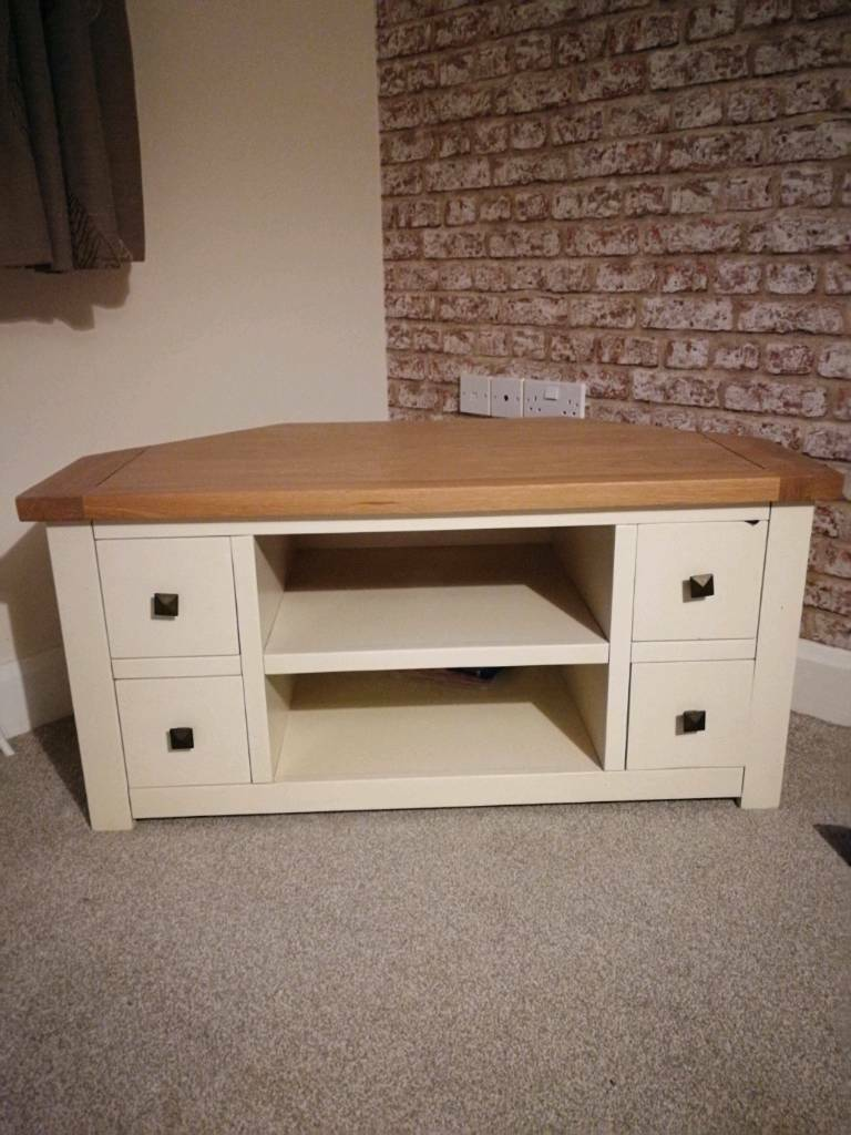 newest 20e5b aaa8a Dunelm corner TV unit in light oak and cream | in Kings Lynn, Norfolk |  Gumtree