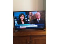 Samsung 32 inch slim line tv just over 1 year old in good working order