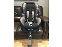 Maxi Cosi Priori Car Seat with Isofix Base Good Condition from pet/smoke free home £30 Collect only