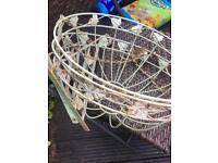 Hanging baskets & Brackets x 2