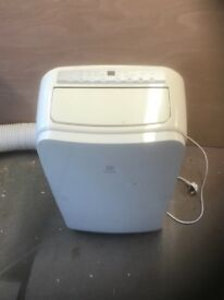 Domestic air conditioning unit virtually new