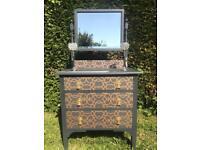 Bedroom Vanity 3 drawer dresser as new