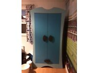 IKEAs blu wardrobe and chest of drawers