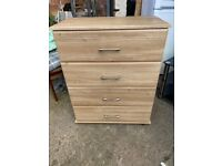 NICE WOODEN CHEST DRAWER IN EXCELLENT CONDITION DELIVER