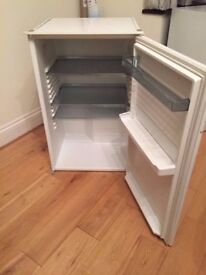 **BASIC UNDERCOUNTER FRIDGE**ONLY £20**COLLECTION\DELIVERY**NO OFFERS**MORE AVAILABLE**