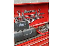 Snap on tools chest must go