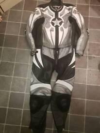Super bike leathers Hein Gericke size 40-42 inch chest 36 -38 waist