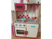 Wooden kitchen toy for sale. 20.00 pick up only