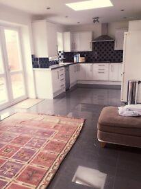Stunning 4/5 bedroom house to rent in Uxbridge/Hillingdon
