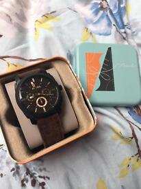 Perfect condition, real leather Fossil watch with presentation tin!