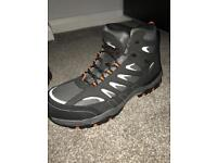 Brand new Trojan safety boots