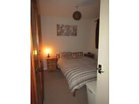 Double, Fully Furnished room to Rent in South Yate.