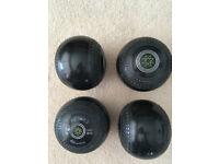 Cotwold Silverline Bowls Size 4 - VGC
