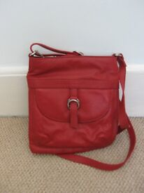 Red leather bag, by TU