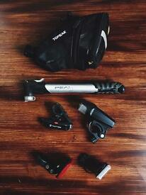 Set 1 Bicycle pump Topeak USB charge lights bag
