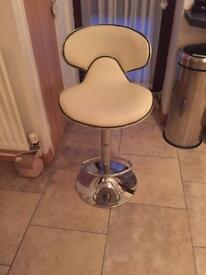 Breakfast bar stool.Gas lift .Cream