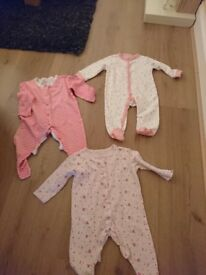 Three sleep suits 0/3 months 3.00