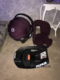 Mamas and papas car seat adapters and surfix paid over 200 pounds new