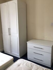 Double room in Harlesden Available now!