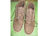 Genuine Timberland Leather Boots - Size 4.5 to 5