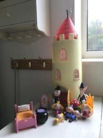 Ben and Holly Castle and figures