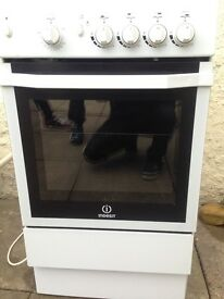 For sale gas stove cooker indesit