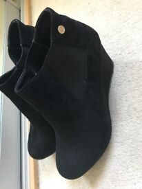 Black xti ladies boots size 40