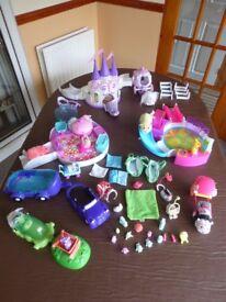 ZHU ZHU PETS. Large bundle over 80 pieces.Inc Castle, Baby & vet Playsets,Carriage,Hamsters etc.VGC