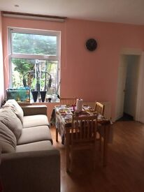 Massive 3 bedroom semi detached House in North Finchley