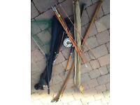 6 x Fishing rods/landing net