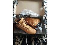 Mens timberland boots new in box