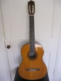 Yamaha C70 Classical Spanish Guitar with Solid Spruce Top