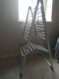 Free electric heated clothes airer