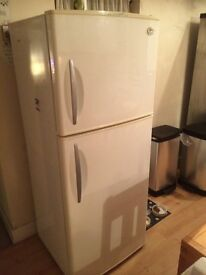 LG Fridge Freezer,. Fully Working! Model - GR-T452XV. NOT SOLD YET!! Appliance in Sevenoaks!!